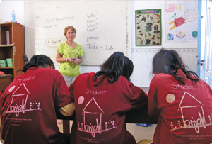 On a visit to Cambodia  Sue Rappaport Guiney '77 was seized by an unexpected passion: teaching English to street children. Photo: Sue Rappaport Guiney '77.
